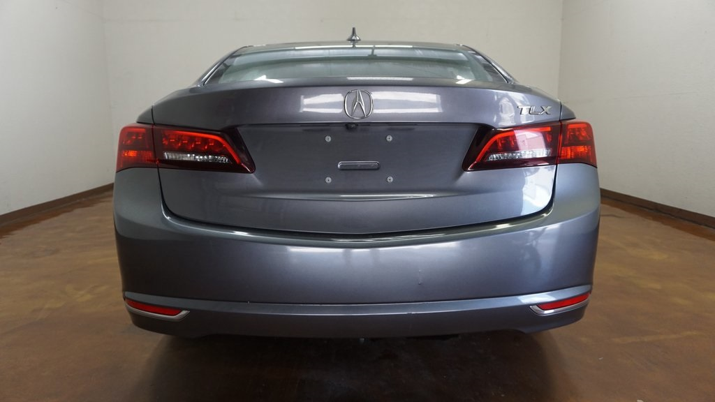 Pre-Owned 2017 Acura TLX 2.4L w/Technology Package