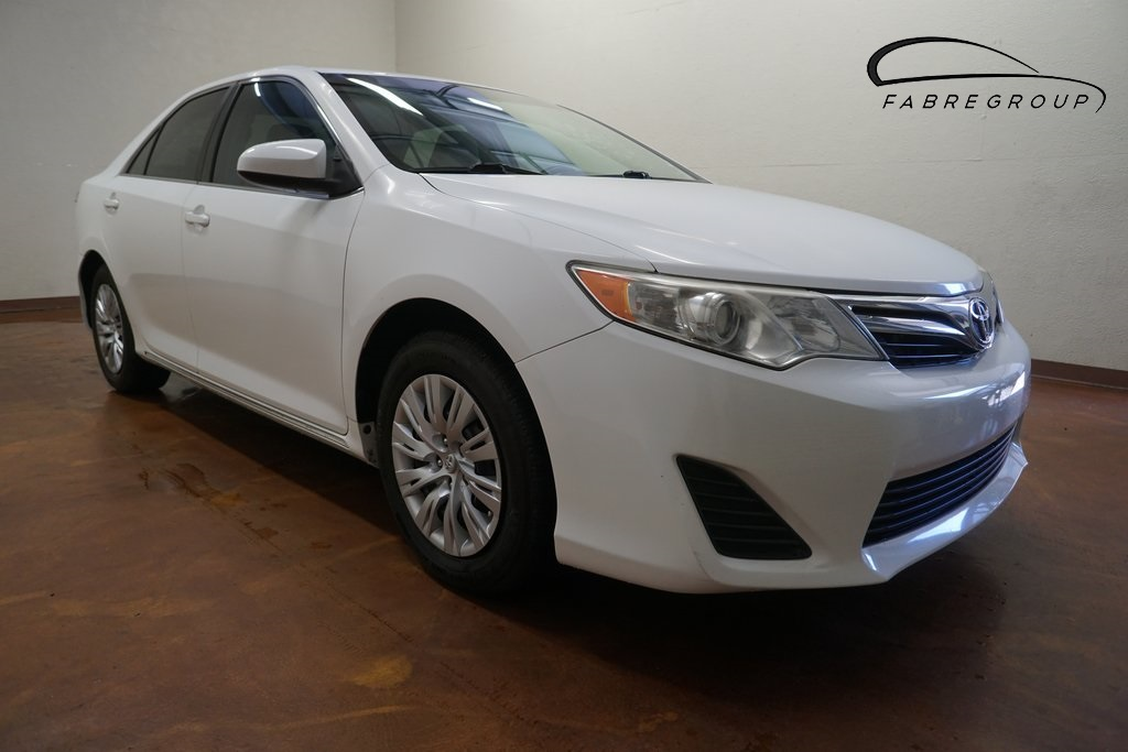 Toyota Baton Rouge >> Pre Owned 2012 Toyota Camry